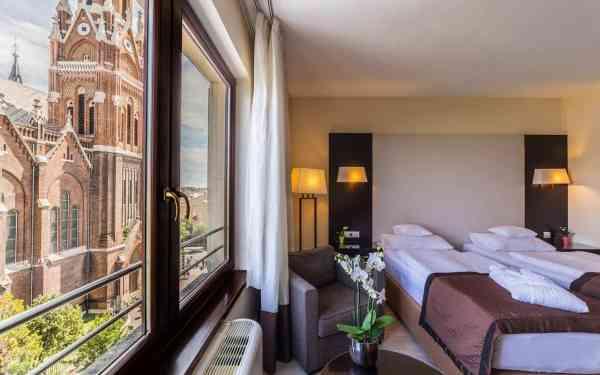 Lions Garden Hotel - Singlereise nach Budapest