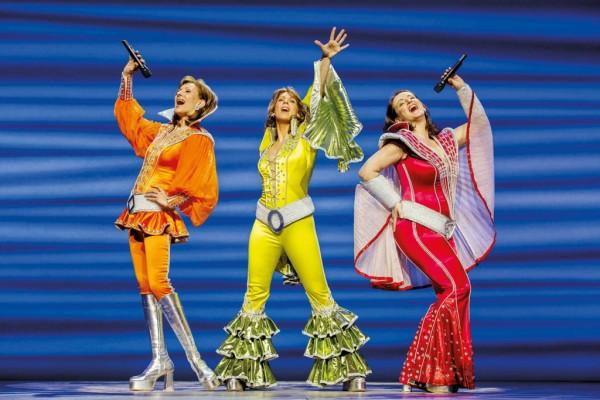 "Holiday Inn Berlin City West - Musical ""Mamma Mia!"""