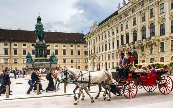 Best Western Plus Amedia - Singlereise nach Wien