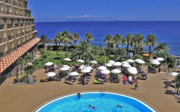 Hotel Four Views Oasis- Singlereise nach Madeira