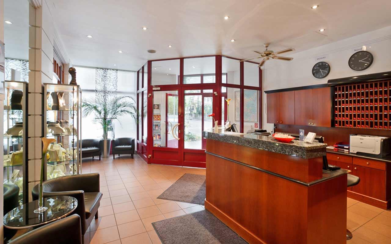 azimut hotel n rnberg n rnberg bayern silvester in bundesland silvester all inclusive. Black Bedroom Furniture Sets. Home Design Ideas