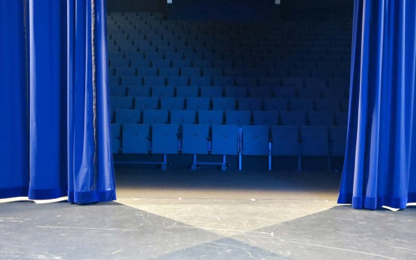 First Stage Theater 19:30 Uhr
